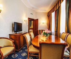 Апартаменты «Лев Голицын» 2-местные 3-комнатные